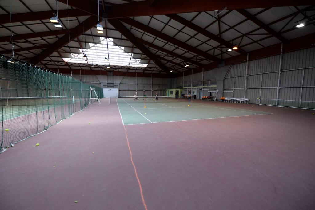 Court_tennis_Notre-dame_de_Bondeville